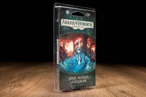 comprar Arkham horror donde aguarda la perdicion