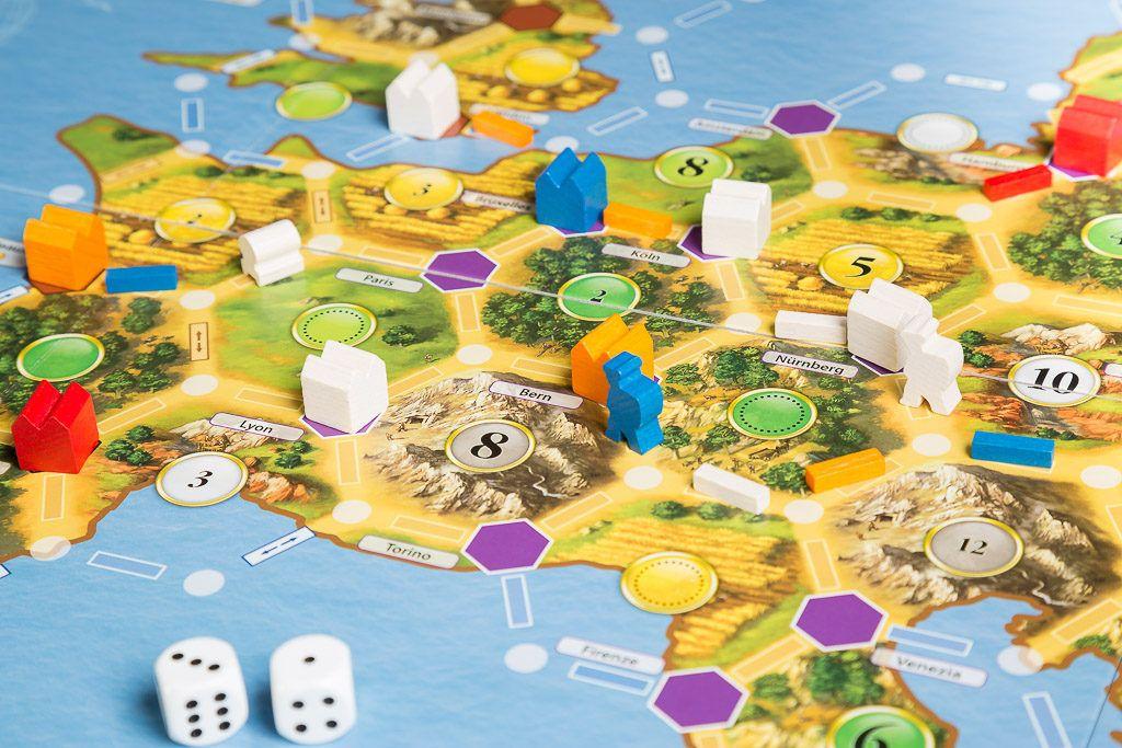 Catan historias los colonos de Europa es uno de los juegos de mesa de construcción