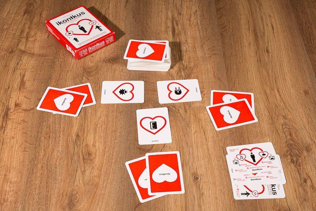 Ikonikus, uno de nuestros juegos de mesa para jugar con tus hijos de diferentes edades