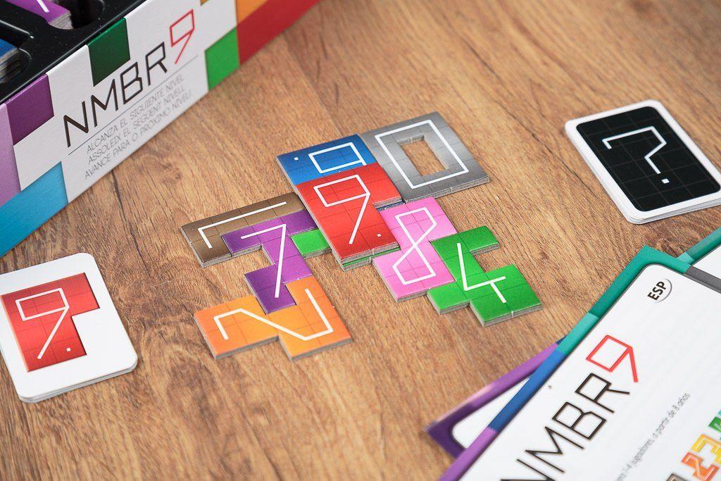 Nmbr9 es uno de los juegos de mesa de puzzle