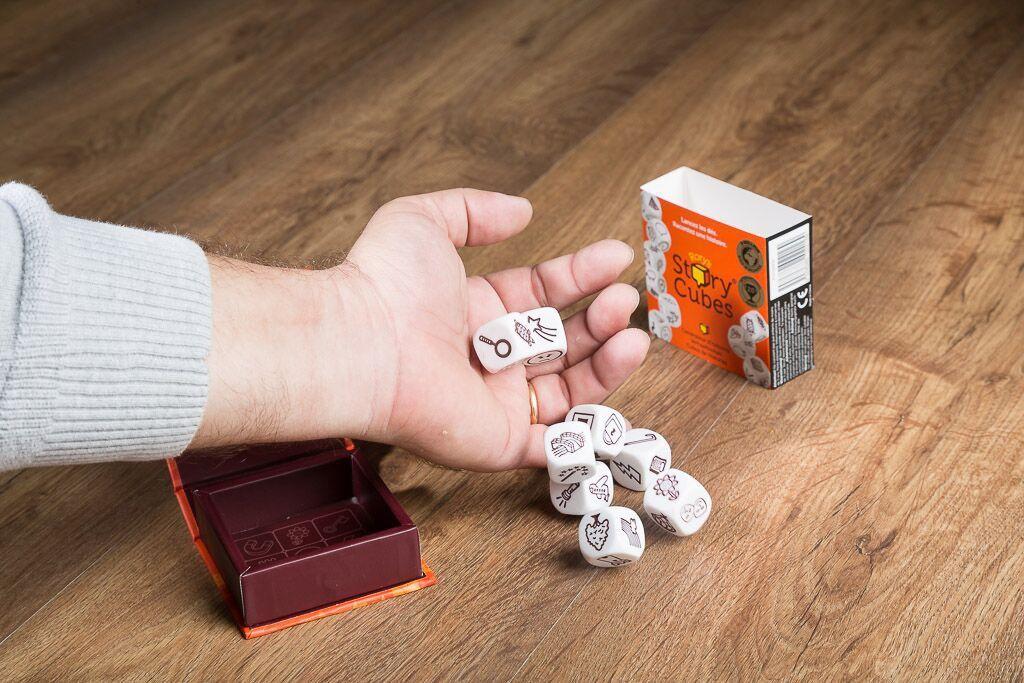 Story cubes, uno de nuestros juegos de mesa para contar historias