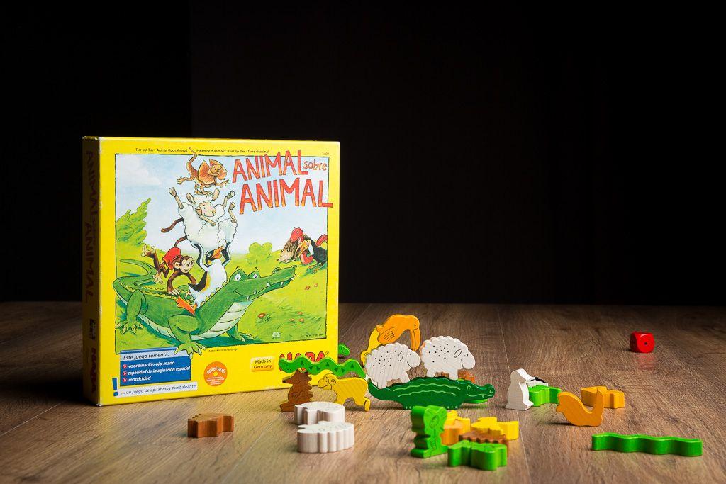 Animal sobre animal, juegos de mesa para desarrollar la coordinación mano ojo