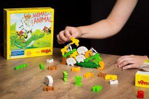 Animal sobre animal, los mejores juegos de mesa pedagógicos