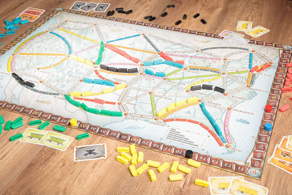 ¡Aventureros al tren!, 2 clásicos como carcassonne