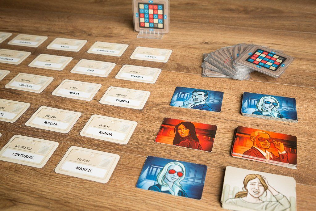 Código Secreto, nuestra recomendación de juego de mesa barato y divertido
