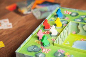 Dixit, juegos de mesa para jugar con tus compañeros de piso