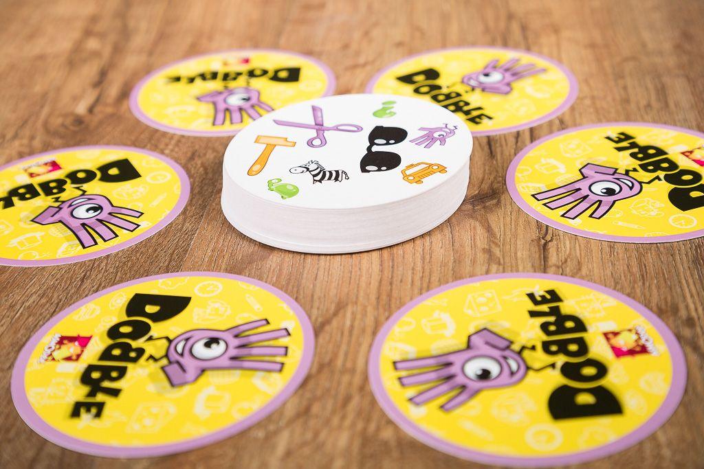 Dobble, juegos de mesa para hacer la digestión