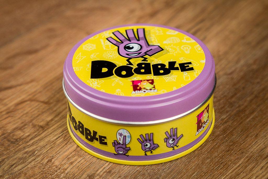Dobble, juegos de mesa para divertirse tomando cañas