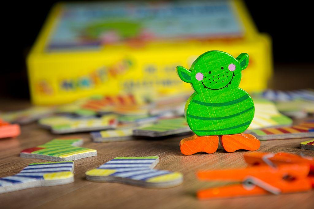 El monstruo de los calcetines, juegos de mesa para mejorar la habilidad manual