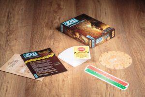 Exit,, 5 juegos de mesa que no pueden faltar en tu estantería