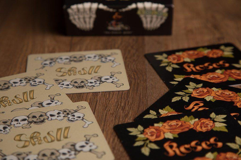 Skull and roses, los 5 mejores juegos de cartas