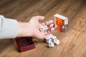 Story Cubes. juegos de mesa para jugar con tus abuelos
