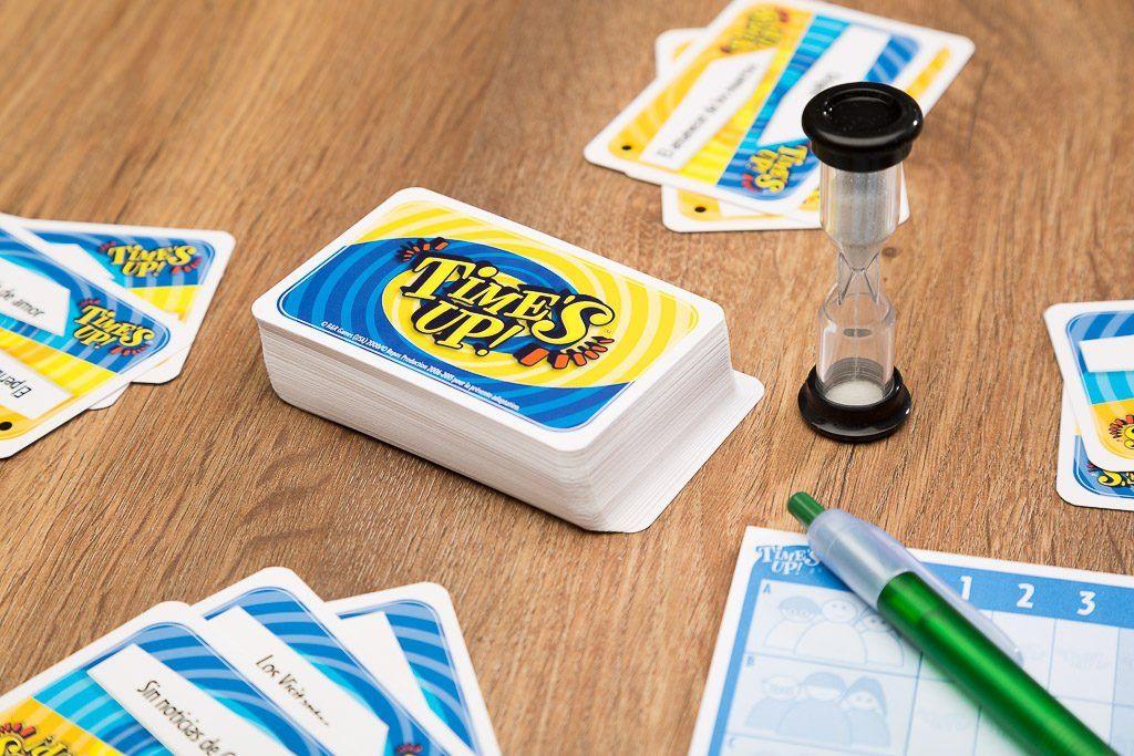 Tiimes up party, juegos de mesa para cuando estas triste