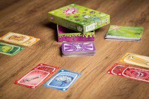 Virus!, juegos de mesa para cenas de empresa de verano